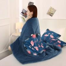宏畅 车载抱枕车用枕头被子两用 保暖水晶绒抱枕被 火烈鸟【40*40cm,展开110*150cm】